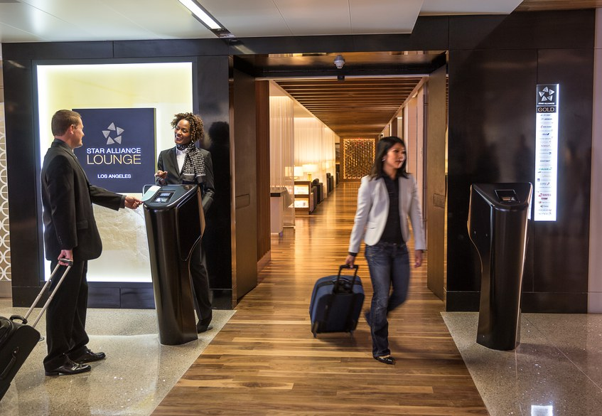 Star Alliance lounge in LAX – Entrance