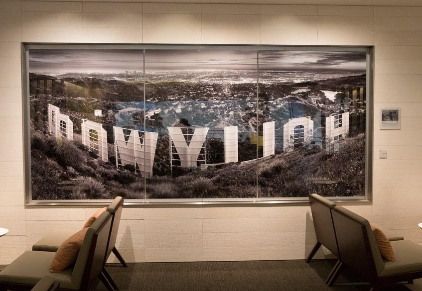 Star Alliance LAX lounge – artwork