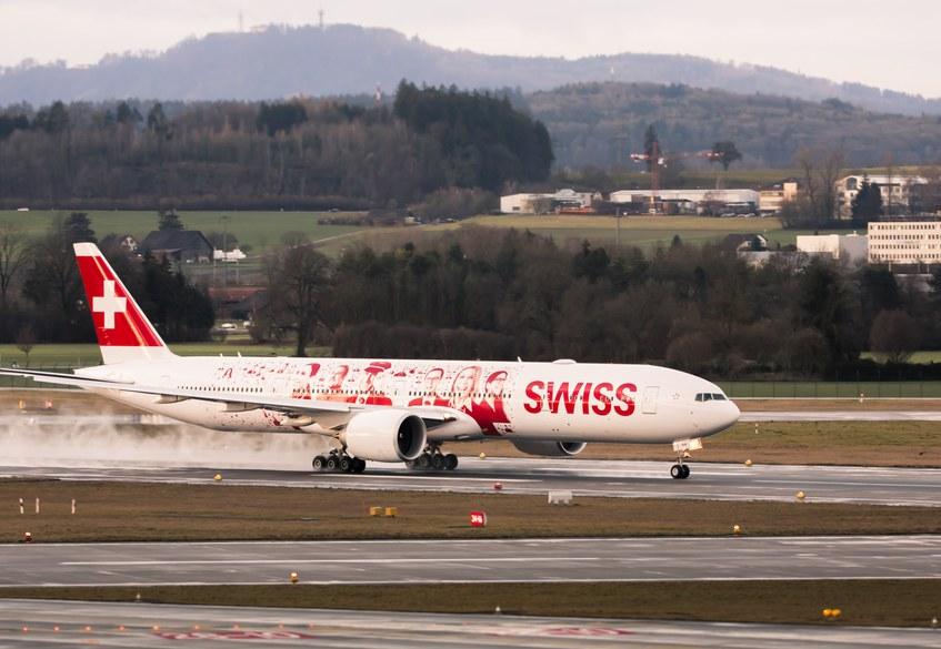 Swiss Boeing 777 employees 1.jpg